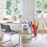 Schreibtisch S 285, Stuhl S 33 (Freischwinger, Design: Mart Stam)