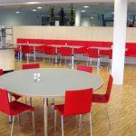 Stühle Vitra .03, Tisch individuell gefertigt