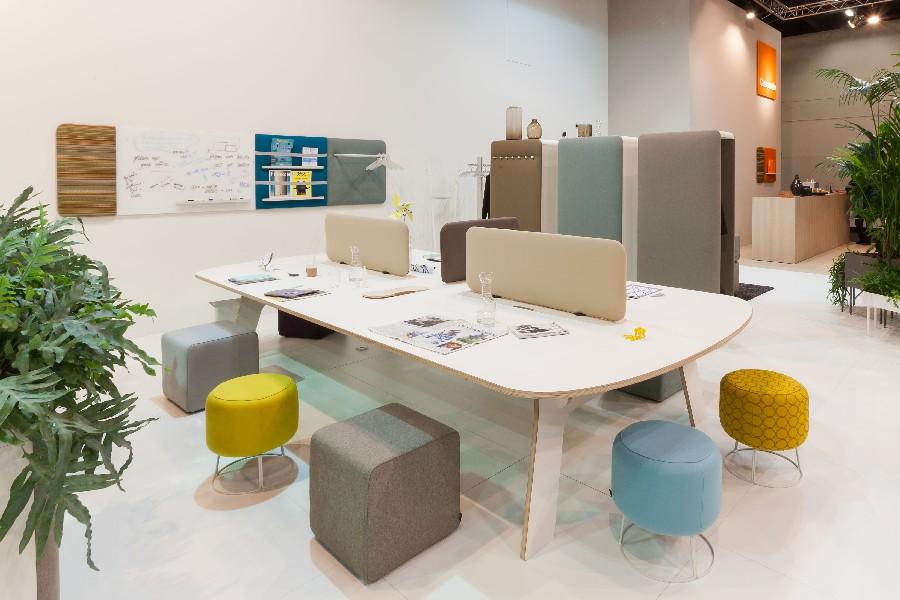 Garderoben tische und regale aus metall glas kontor for Arbeitstisch design