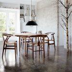 Tisch CH337 und Stuhl CH24, Design: Hans J. Wegner