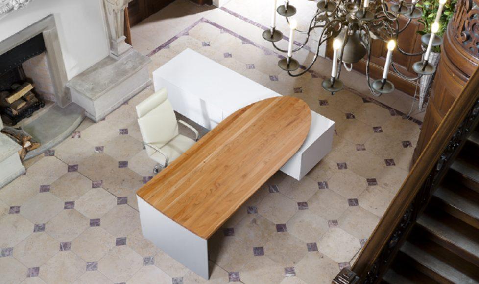 Schreibtisch .amorph