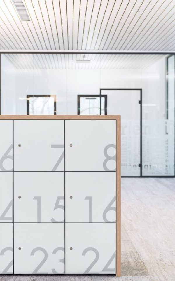 lockers_002