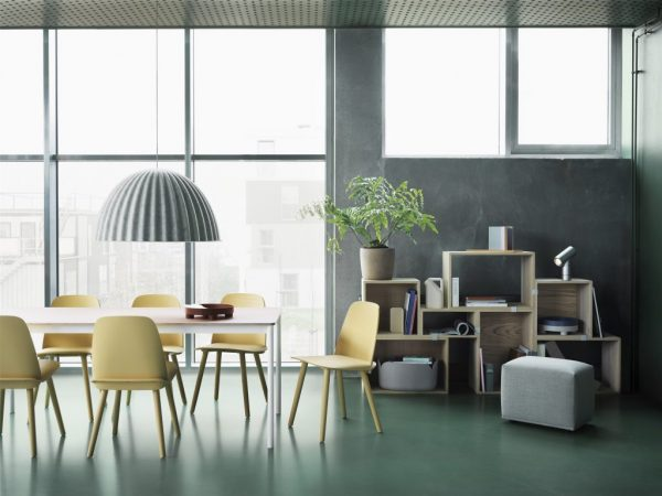 nerd-chair-sand-yellow-stacked-oak-under-the-bell-lamp-echo-pouf-remix-123-beam-lamp-muuto-org_(150)